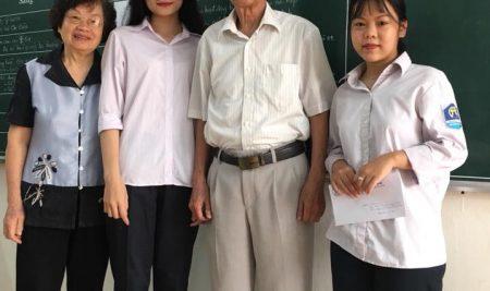 Tham dự kỳ thi học sinh giỏi cấp thành phố là hoạt động truyền thống của trường THPT Vạn Xuân Long Biên